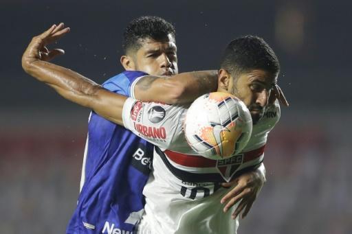 En duelo de eliminados de Libertadores, Sao Paulo golea 5-1 al Binacional y va a Sudamericana