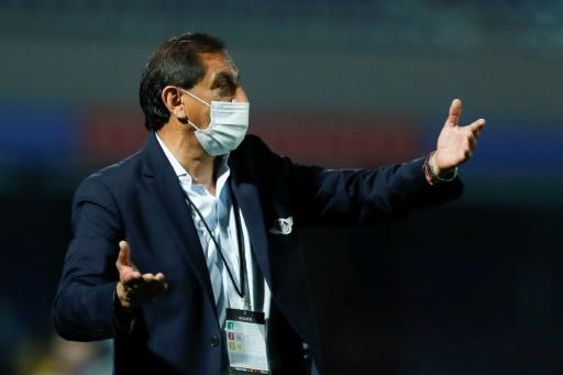 Ramon Díaz renunció a la dirección de Libertad a días del chooque con Boca