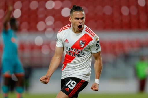 River fue contundente, goleó a Liga de Quito y termina como líder del Grupo D