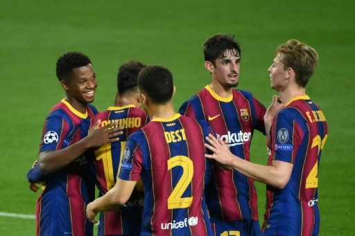 El Barcelona fulmina al Ferencvaros en su inicio en la Champions