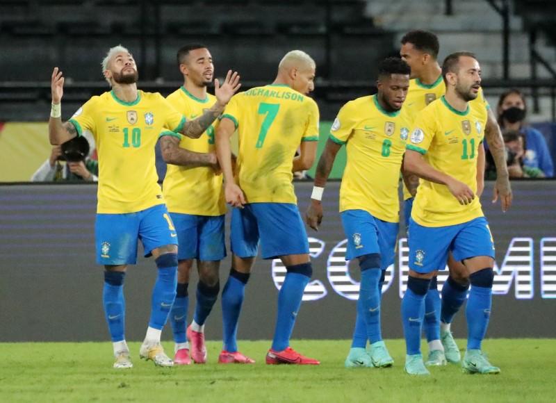 Brasil golea 4-0 a Perú con un imparable Neymar en Copa América