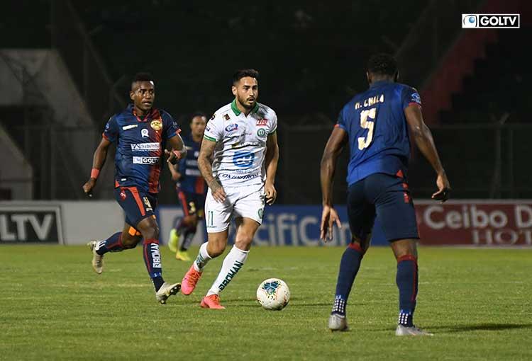 Liga de Portoviejo se impuso de local ante Olmedo en el inicio de la fecha 13