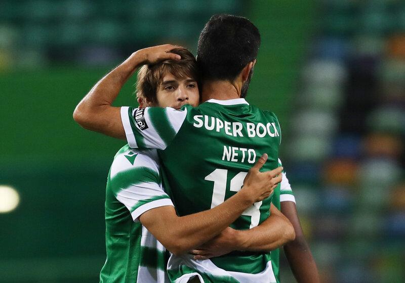 Sporting Lisboa derrotó a Paços de Ferreira con un gol del uruguayo Sebastián Coates