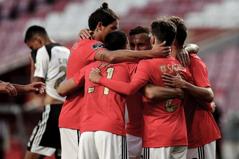 Benfica es único líder en Portugal