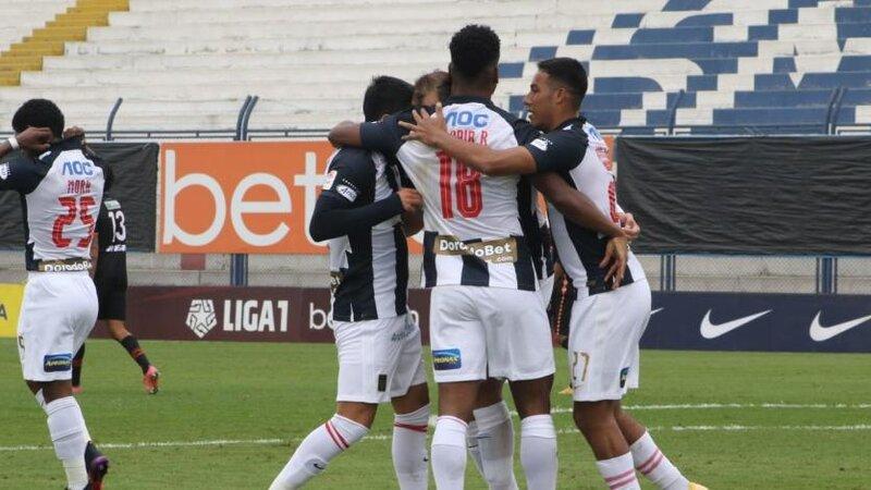 Goleada de Alianza Lima 4 a 1 sobre Ayacucho FC