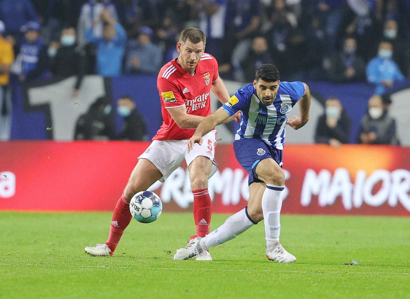 Benfica y Porto se reparten los puntos y empatan 1-1