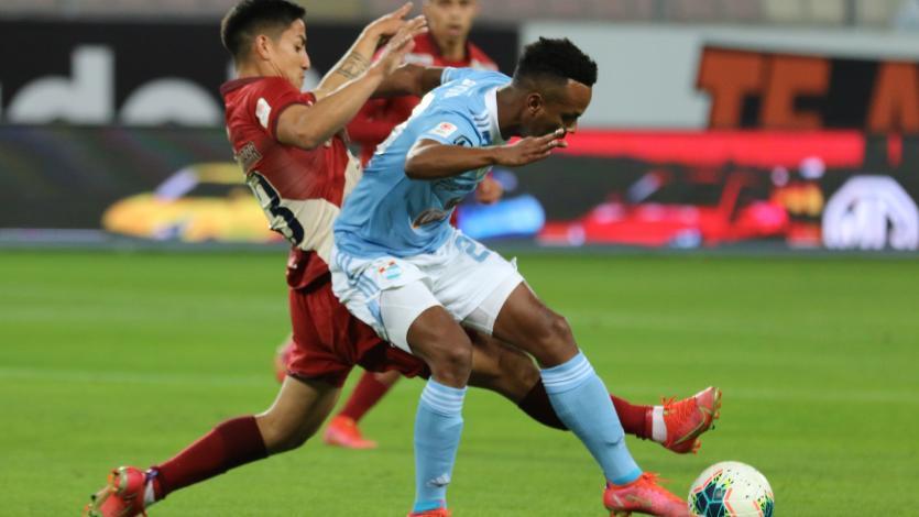 Sporting Cristal y Universitario sellaron un empate a dos