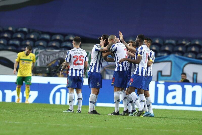 Por una mínima ventaja Porto se lleva los tres puntos ante Portimonense