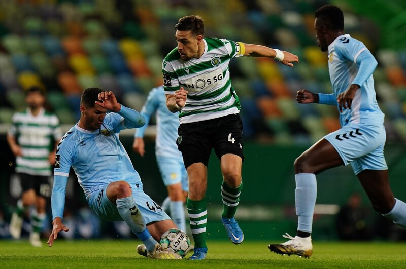 Con dos goles, Sporting CP se impuso a Nacional Madeira