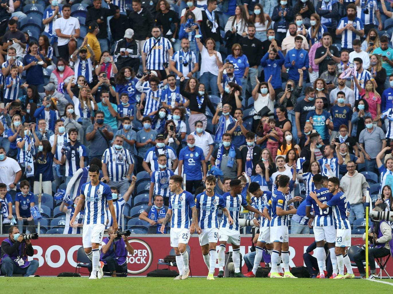Porto gana de visitante 2-1 a Gil Vicente